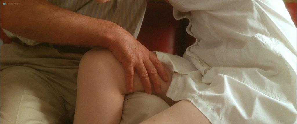 Anna Galiena hot see through and sexy - Le Mari de la Coiffeuse (FR-1990) HD 1080p BluRay (7)