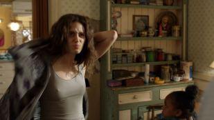 Emmy Rossum hot and sexy - Shameless (2019) s9e11 HD 1080p