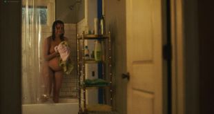 Frankie Shaw nude full frontal in the shower- Smilf (2019) s2e5 HD 1080p (5)