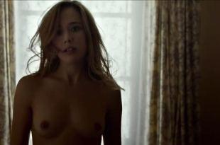 Úrsula Corberó nude sex Lucía Delgado nude bush and sex - El árbol de la sangre (ES-2018) HD 720p Web (16)