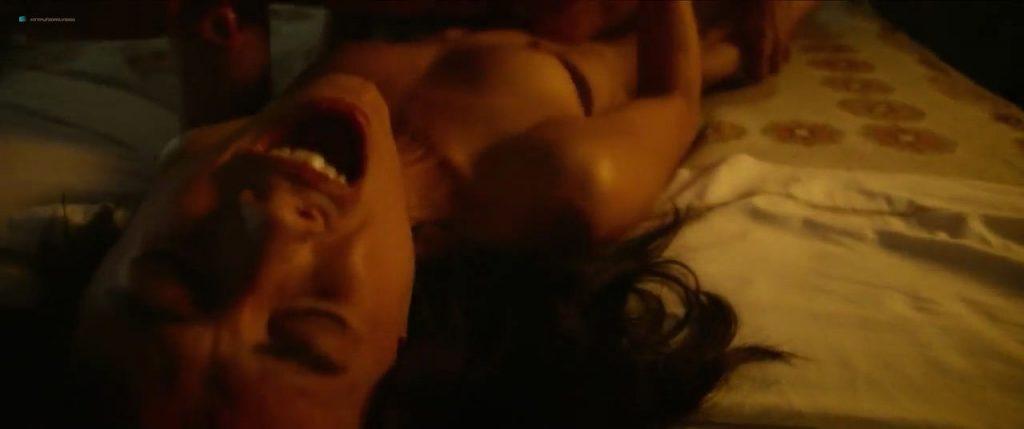 Úrsula Corberó nude sex Lucía Delgado nude bush and sex - El árbol de la sangre (ES-2018) HD 720p Web (6)