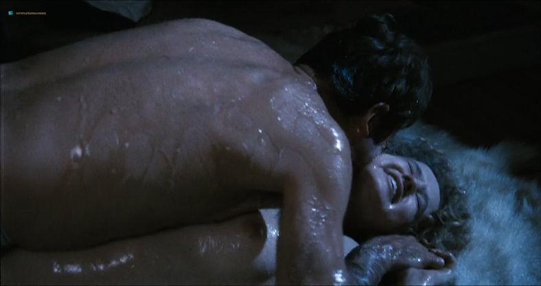 Eleonora Giorgi nude full frontal and sex - Alla mia cara mamma nel giorno del suo compleanno (IT-1974) (2)