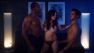 Kelli Berglund nude Roxane Mesquida nude sex threesome - Now Apocalypse (2019) s1e8 HD 1080p
