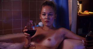 Kelli Berglund nude topless Nicole LaLiberte nude too - Now Apocalypse (2019) s1e10 HD 1080p (4)