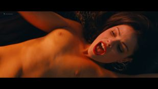 Leven Rambin hot, Jordan Lane Price nude sex others nude - The Dirt (2019) HD 1080p Web