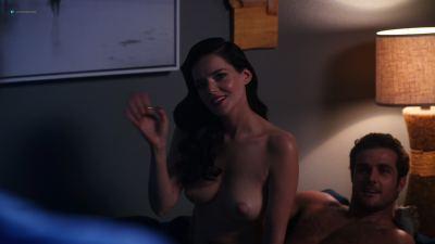Roxane Mesquida nude topless and sex - Now Apocalypse (2019) UHD 2160p (7)