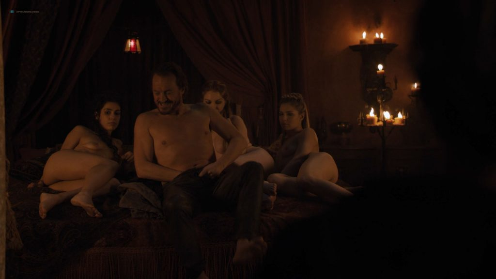 Josephine Gillan nude full frontal Lucy Aarden nude - Game of Thrones(2019) s8e1 HD 720/1080p (3)