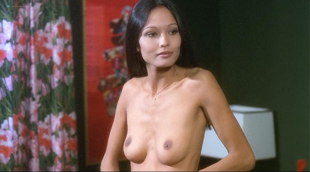Laura Gemser nude full frontal and lot of sex Ely Galleani and others nude - Emanuelle in Bangkok (1976) (5)