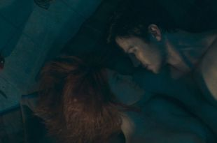 Liz Solari nude topless and sex - The Last Man (2018) HD 1080p Web (4)