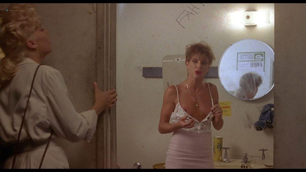 Sherilyn Fenn nude full frontal Kristy McNichol nude - Two Moon Junction (1988) HD 1080p BluRay(r) (15)
