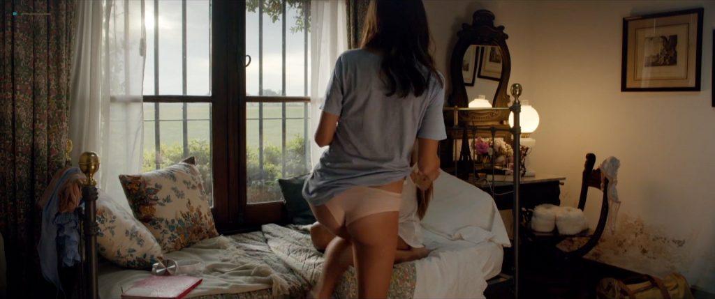 Bérénice Bejo nude sex and Martina Gusman nude lesbian sex - La quietud (AR-2018) HD 1080p (6)