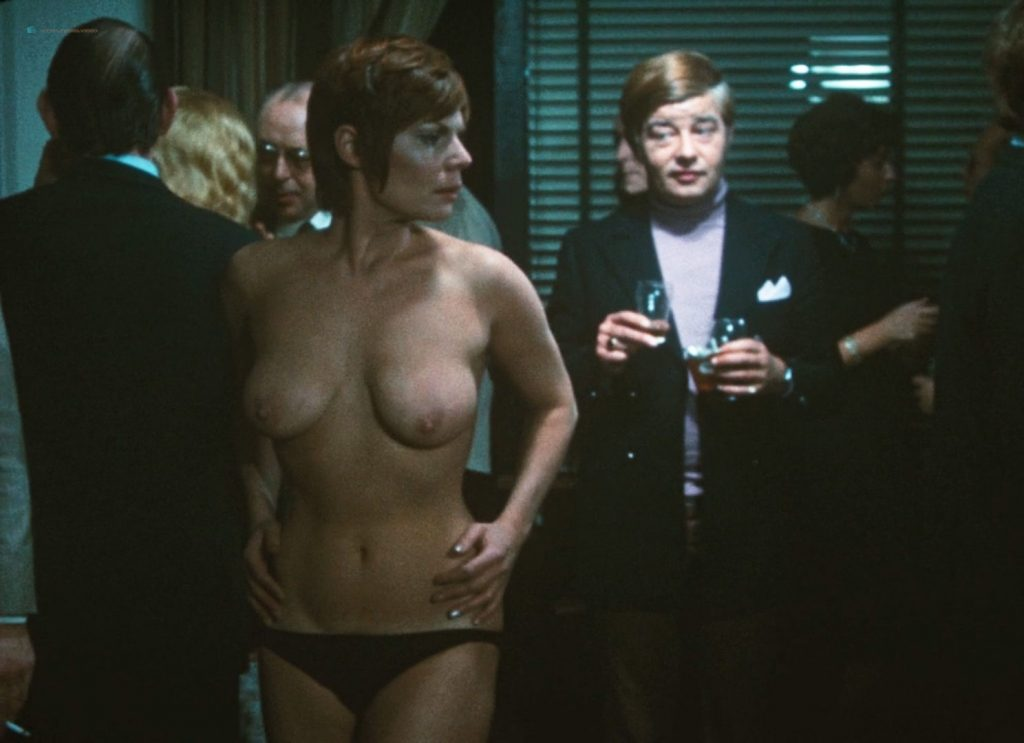 Ursula Blauth nude bush explicit Ine Veen and Carry Tefsen nude too - Blue Movie (NL-1971) HD 1080p BluRay (5)