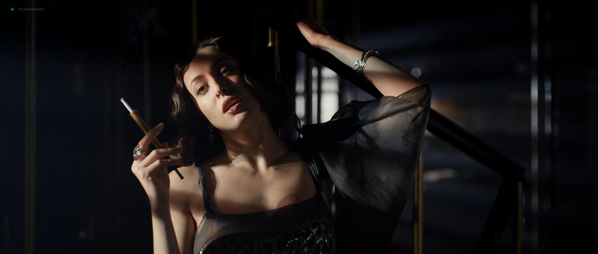 Anastasiya Meskova nude full frontal Olga Sutulova nude sex - Trotsky (2017) s1e1-2 HD 1080p (16)