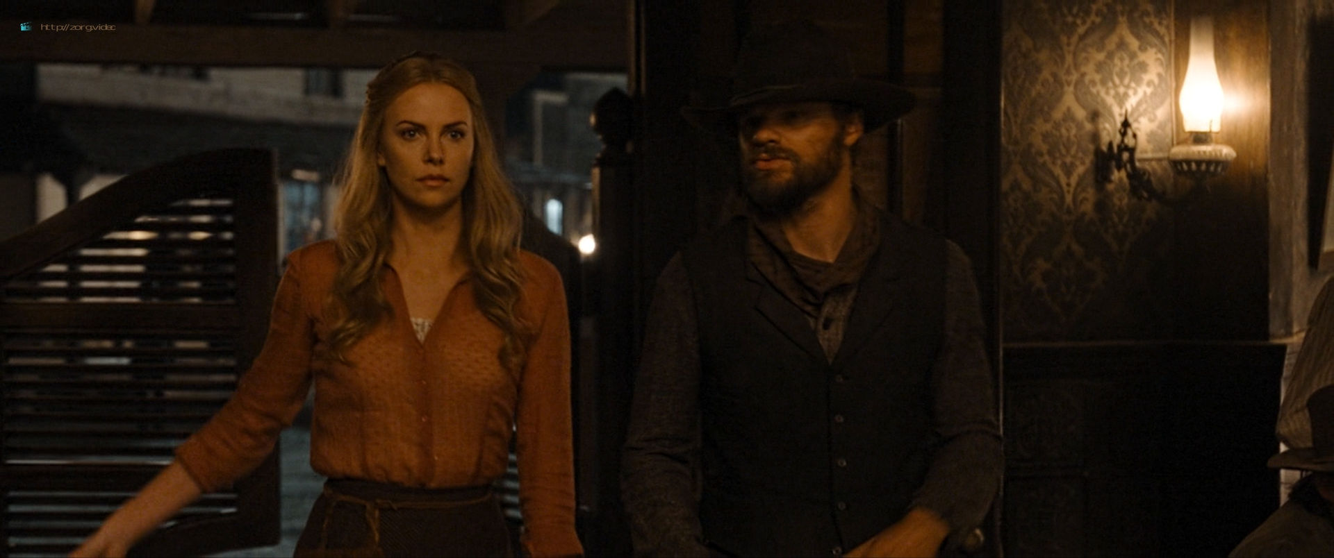 Charlize Theron sexy Amanda Seyfried and Sarah Silverman hot - A Million Ways to Die in the West (2014) HD 1080p BluRay (15)