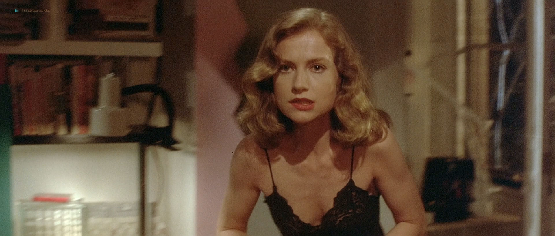 Isabelle Huppert nude topless and butt Elizabeth McGovern nude - The Bedroom Window (1987) HD 1080p BluRay (8)