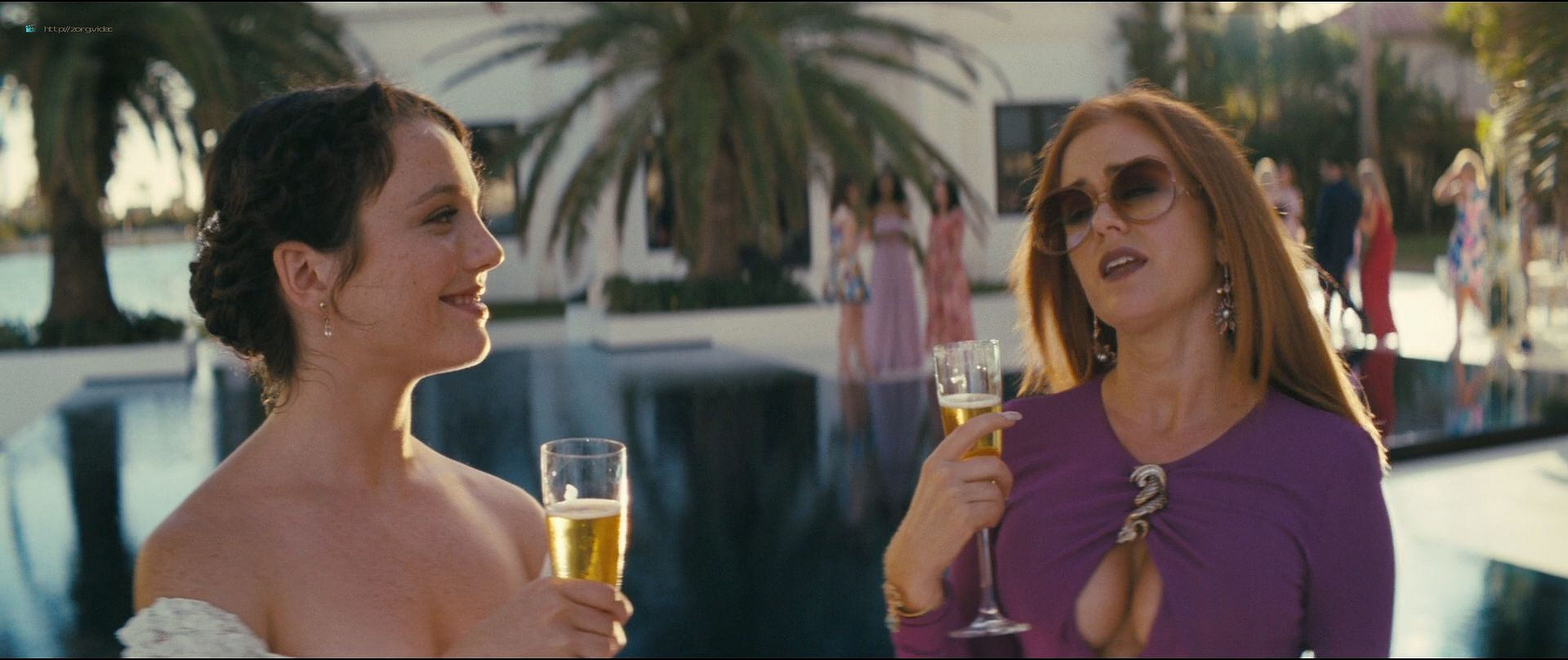 Isla Fisher hot and sexy others nude topless - The Beach Bum (2019) 1080p BluRay (13)