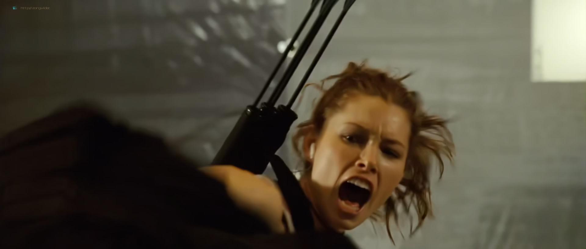 Jessica Biel hot and sexy - Blade Trinity (2004) HD 1080p BluRay (5)