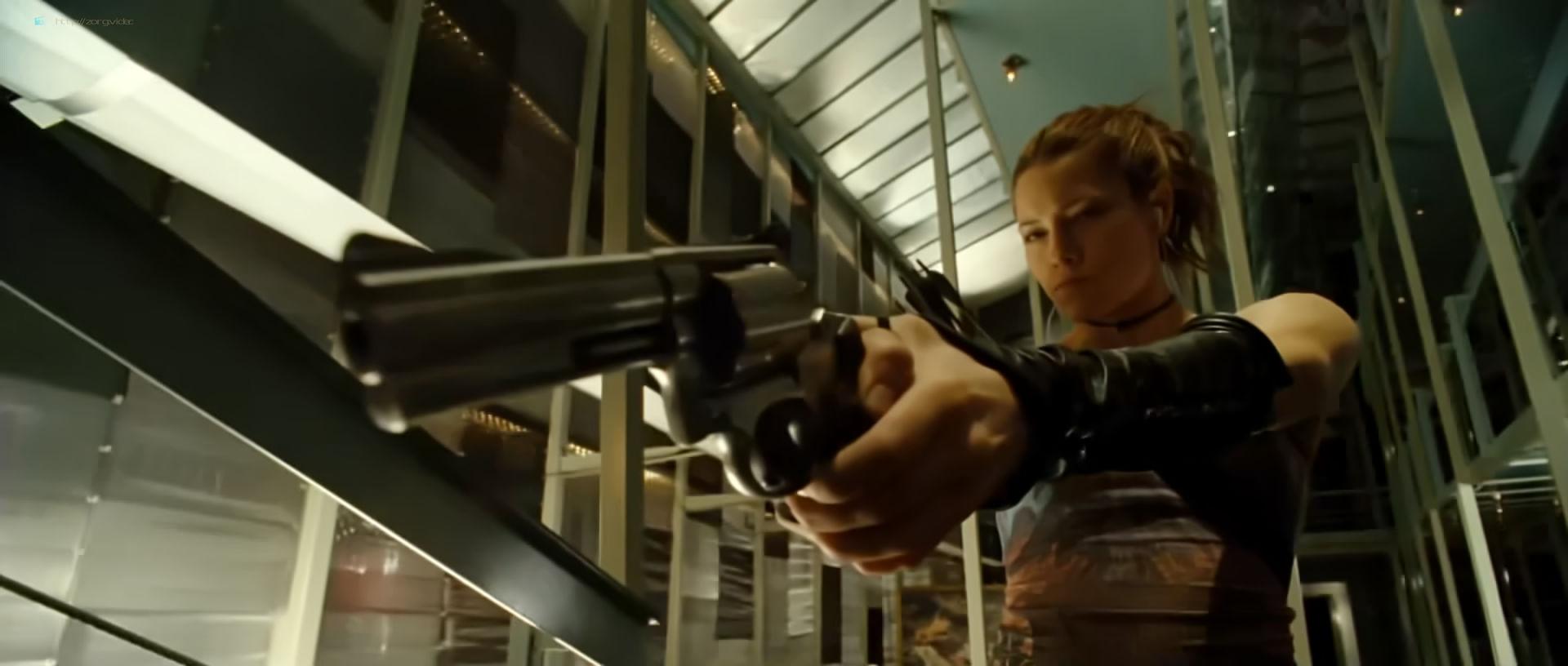 Jessica Biel hot and sexy - Blade Trinity (2004) HD 1080p BluRay (2)