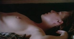 Kehli O'Byrne nude and hot sex Lori Jo Hendrix nude and sex too - Solitaire (1996) (10)