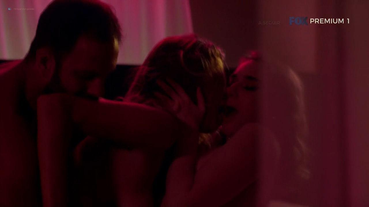 Maria Bopp nude sex threesome with Ana Hartmann - Me Chama De Bruna (2018) S03E07 HDTV 720p (9)