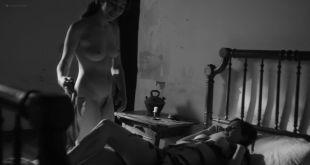 Natalia de Molina nude full frontal Greta Fernández nude lesbian - Elisa y Marcela (SP-2019) HD 1080p Web (12)
