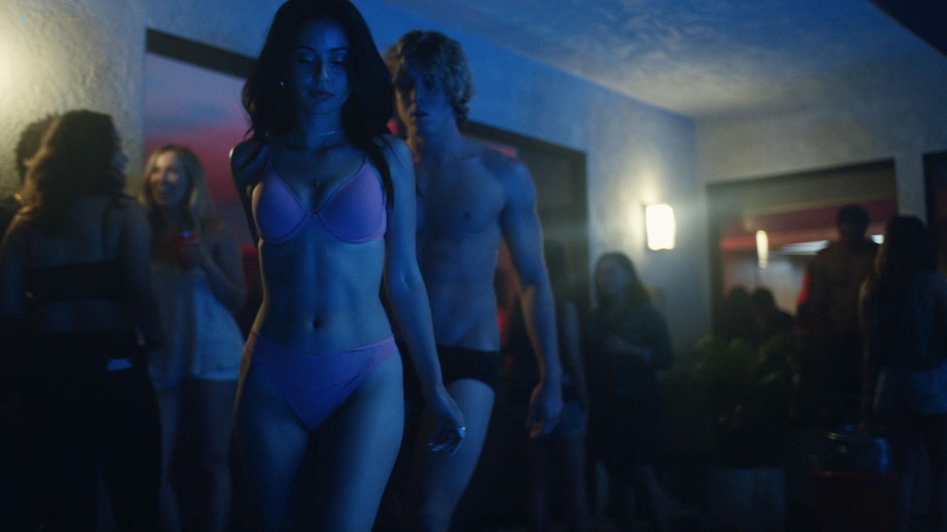 Sydney Sweeney nude sex Alexa Demie topless - Euphoria (2019) HD1080p (12)