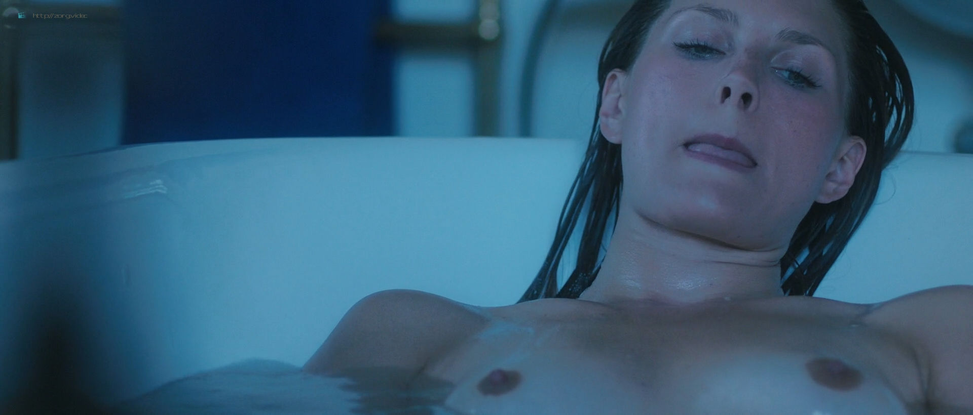 Andréa Winter nude full frontal and skinny dipping - Blood Paradise (2018) HD 1080p Web (8)