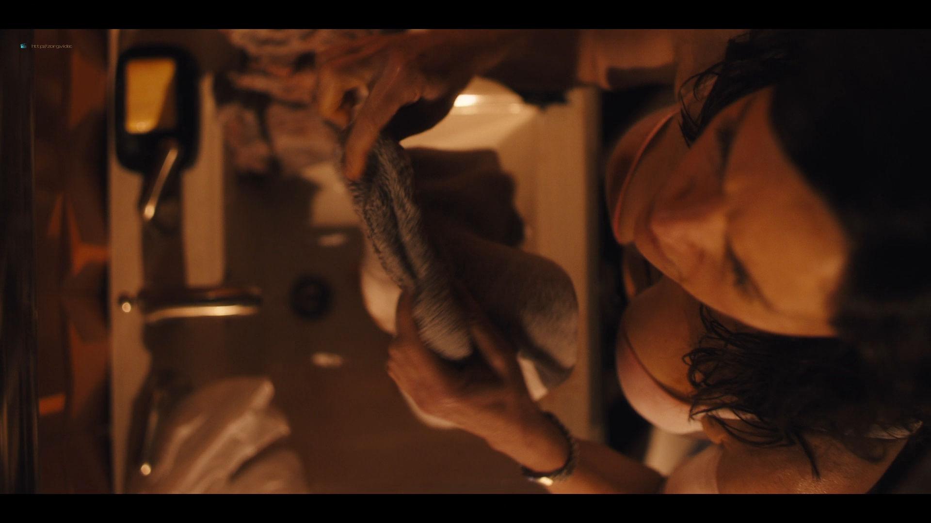 Carla Gugino sexy Gaite Jansen nude topless - Jett (2019) s1e4 HD 1080p (9)