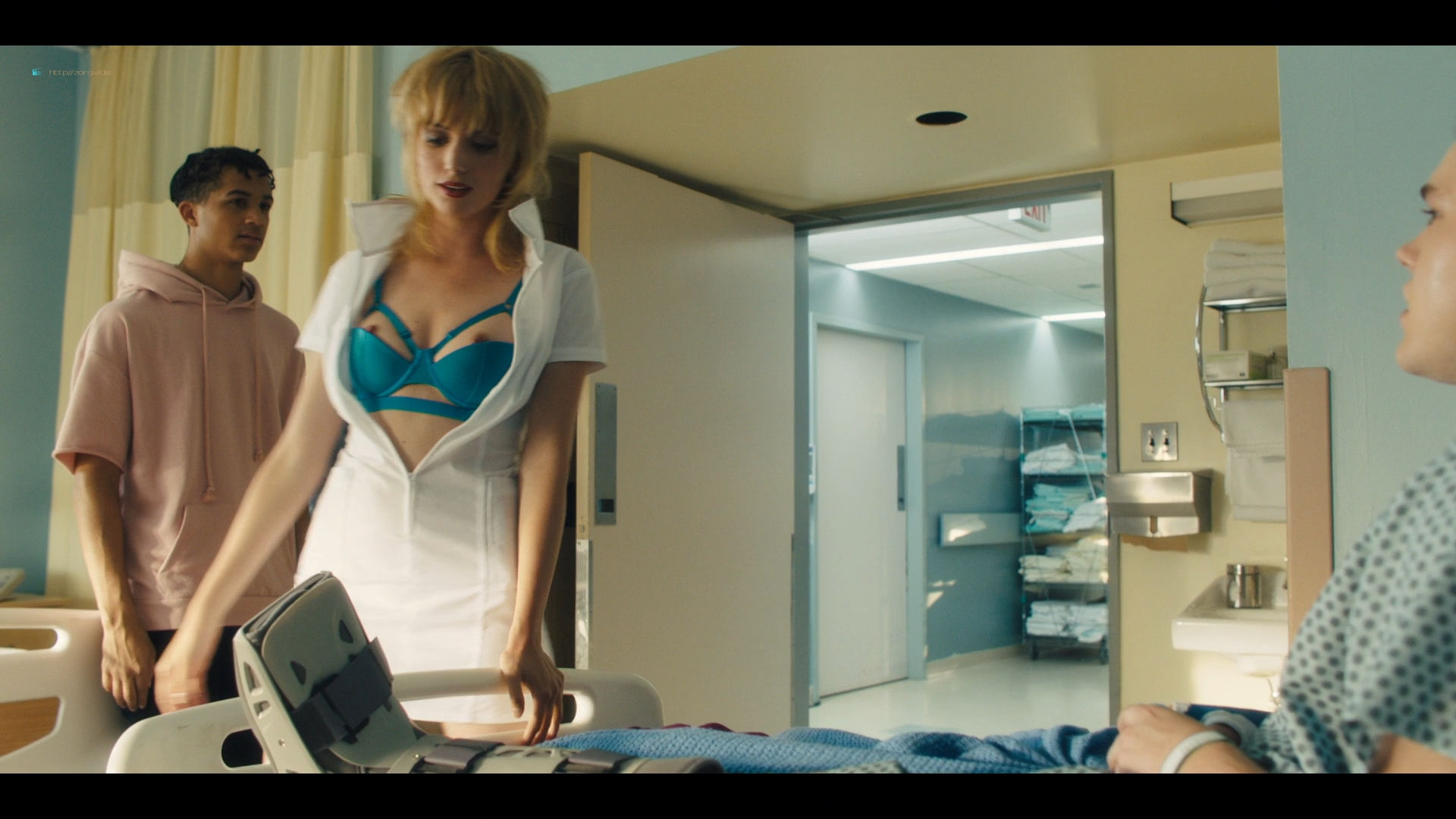 Carla Gugino sexy Gaite Jansen nude topless - Jett (2019) s1e4 HD 1080p (5)