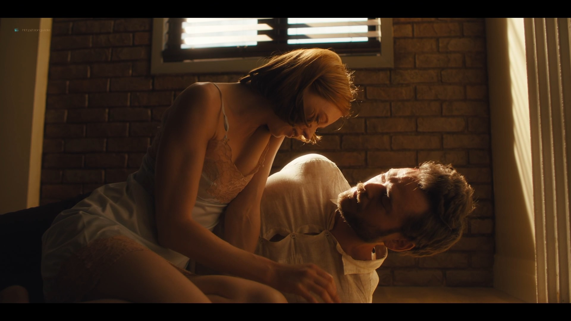 Lucy Walters sexy Carla Gugino, Natalie Hall hot - Jett (2019) s1e7 HD 1080p (13)