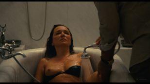 Valeria Golino nude topless in tub - Les estivants (2018) HD 1080p Web