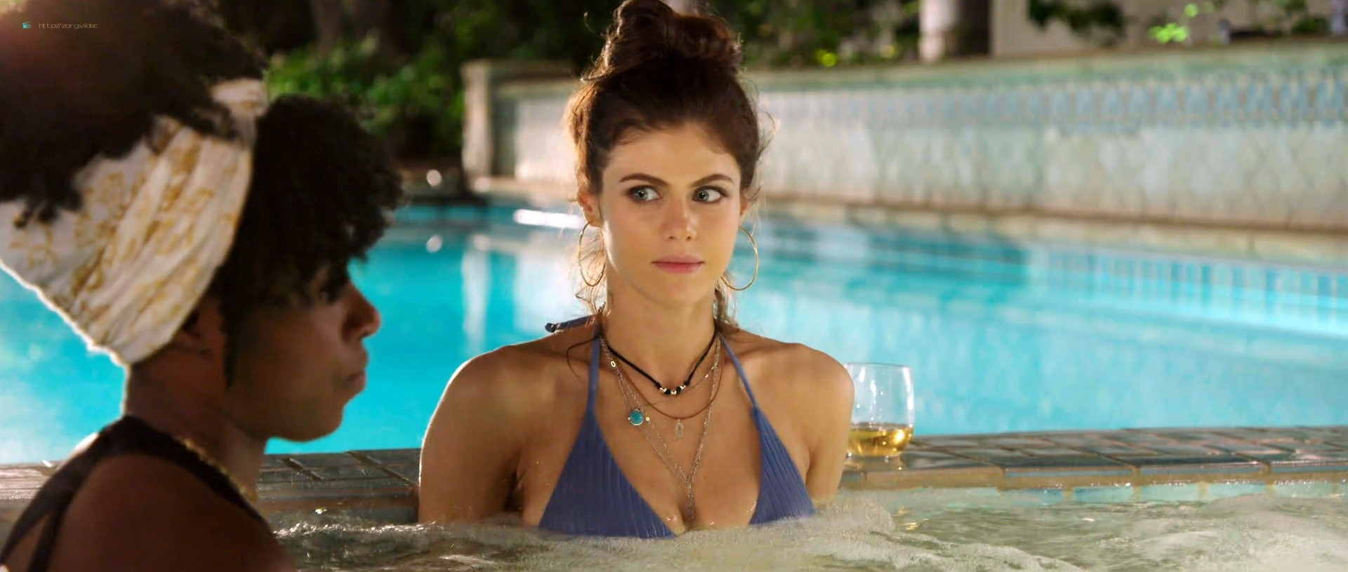 Alexandra Daddario hot busty in a bikini - Why Women Kill (2019) s1e1 HD 1080p Web (4)