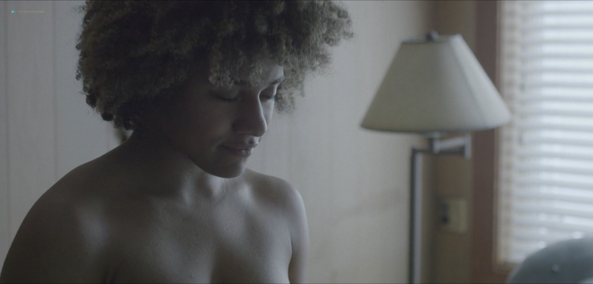 Ariana DeBose sexy lesbian sex with Steffanie Leigh - Seaside (2018) HD 1080 Web (6)