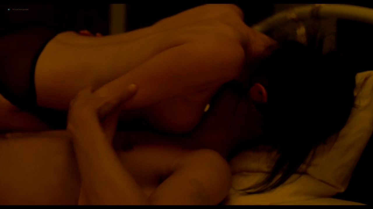 Atsuko Maeda nude sex Kaho Minami, Asuka Hinoi nude to - Kabukichô Love Hotel (2014) HD 720p (16)