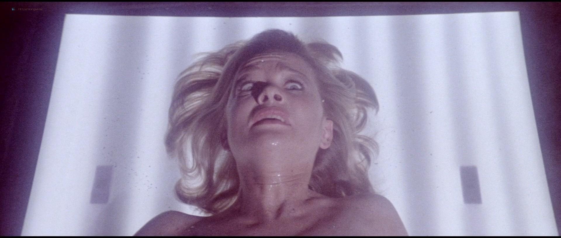 Judy Geeson  nackt