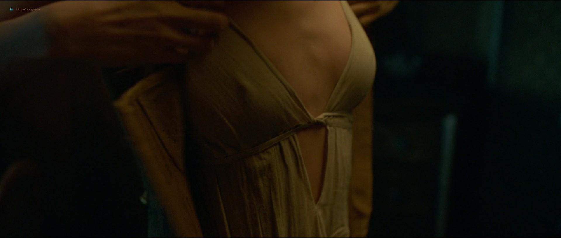 Maeve Dermody nude sex Karla Crome nude too - Carnival Row (2019) s1e1 HD 1080p (3)