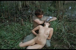 Florence Guérin nude full frontal bush and sex - De Click (1985) (5)