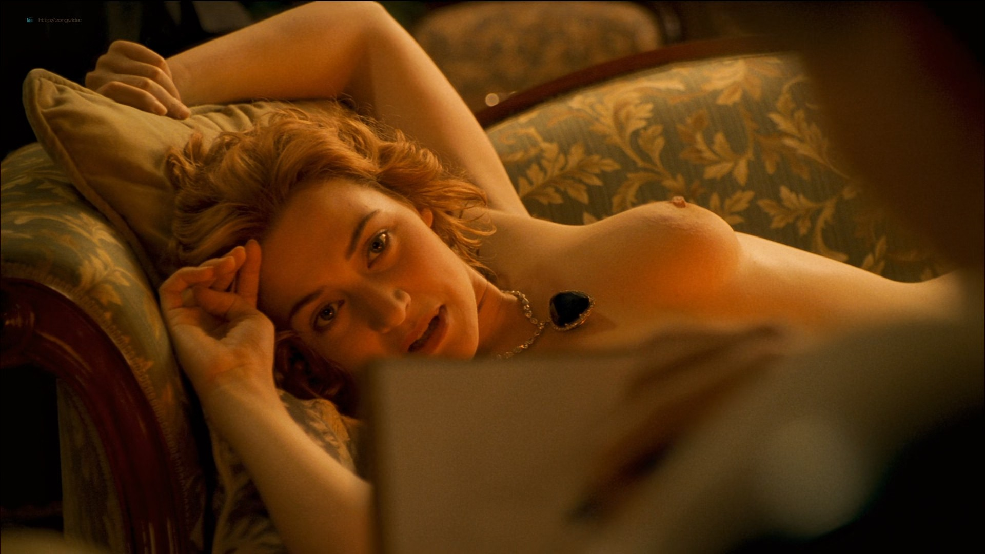 Kate Winslet nude topless - Titanic (1997) HD 1080p BluRay (4)