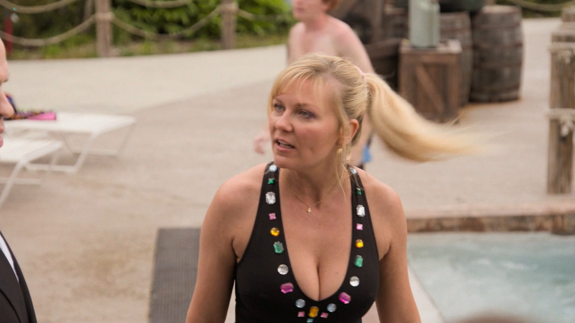 Kirsten Dunst hot and sexy - On Becoming a God in Central Florida (2019) s1e4 HD 1080p (5)