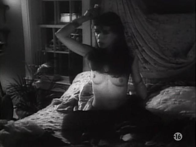 Carole Laure nude and explicit sex - L'ange et la Femme (1977) (15)