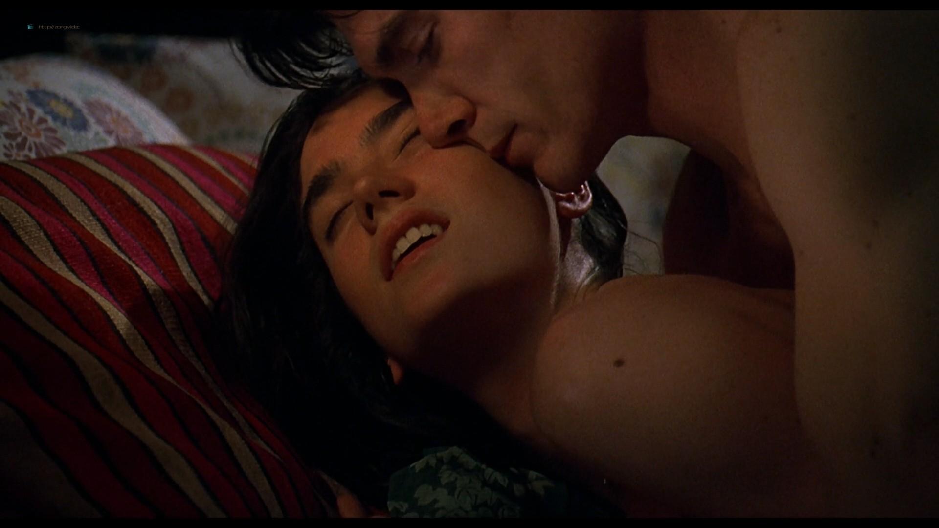 Jennifer Connelly nude side boob sex in – Waking the Dead (2000) HD 1080p BluRay (8)