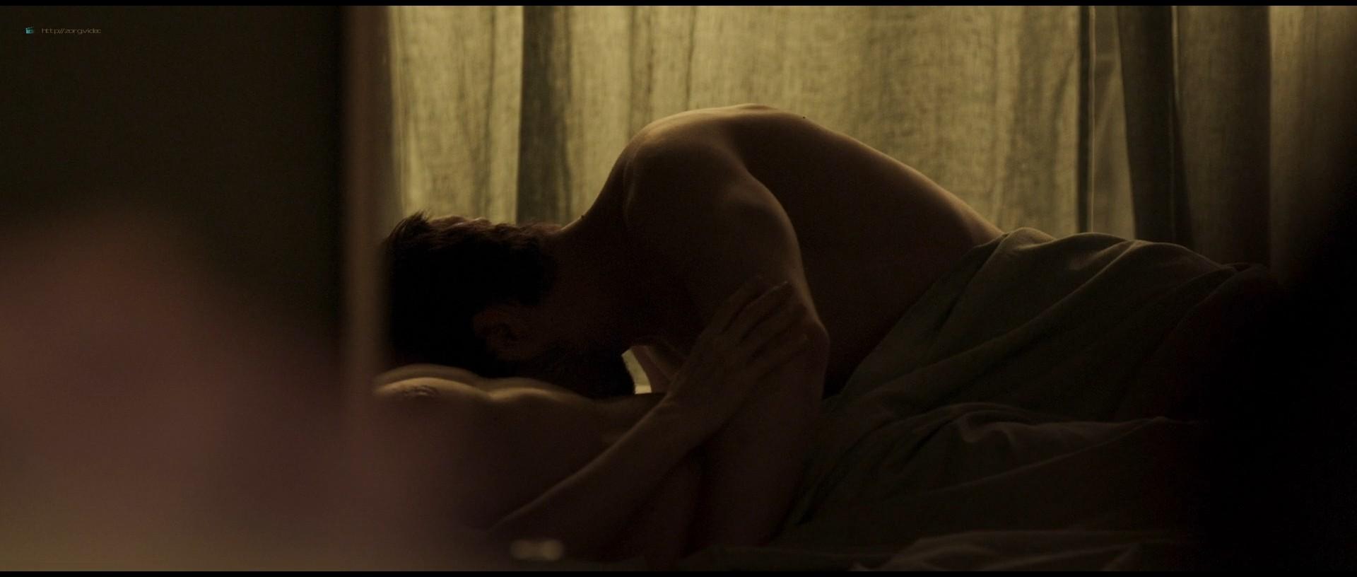 Juliette Binoche nude hot sex - Celle que vous croyez (FR-2019) 1080p BluRay (3)
