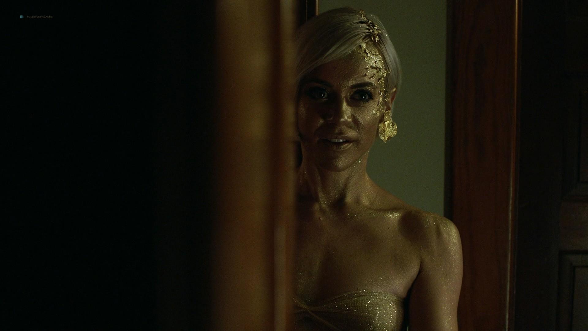 Trieste Kelly Dunn hot and Sarah Brooks nude sideboob - Girl on the Third Floor (2019) 1080 Web (9)