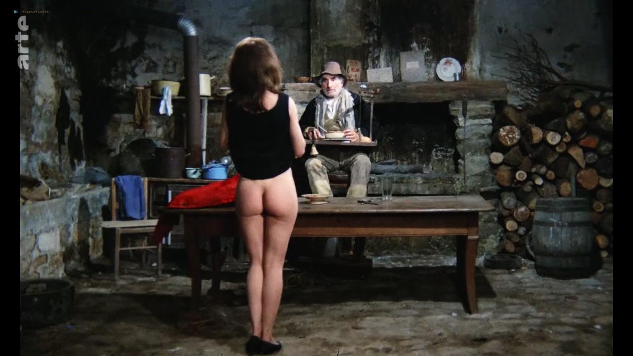 Bernadette Lafont nude bush and butt - La fiancée du pirate (1969) HDTV 720p (6)