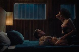 Kathryn Hahn nude sex Jasmine Cephas Jones hot - Mrs. Fletcher (2019) s1e5 1080p Web (6)