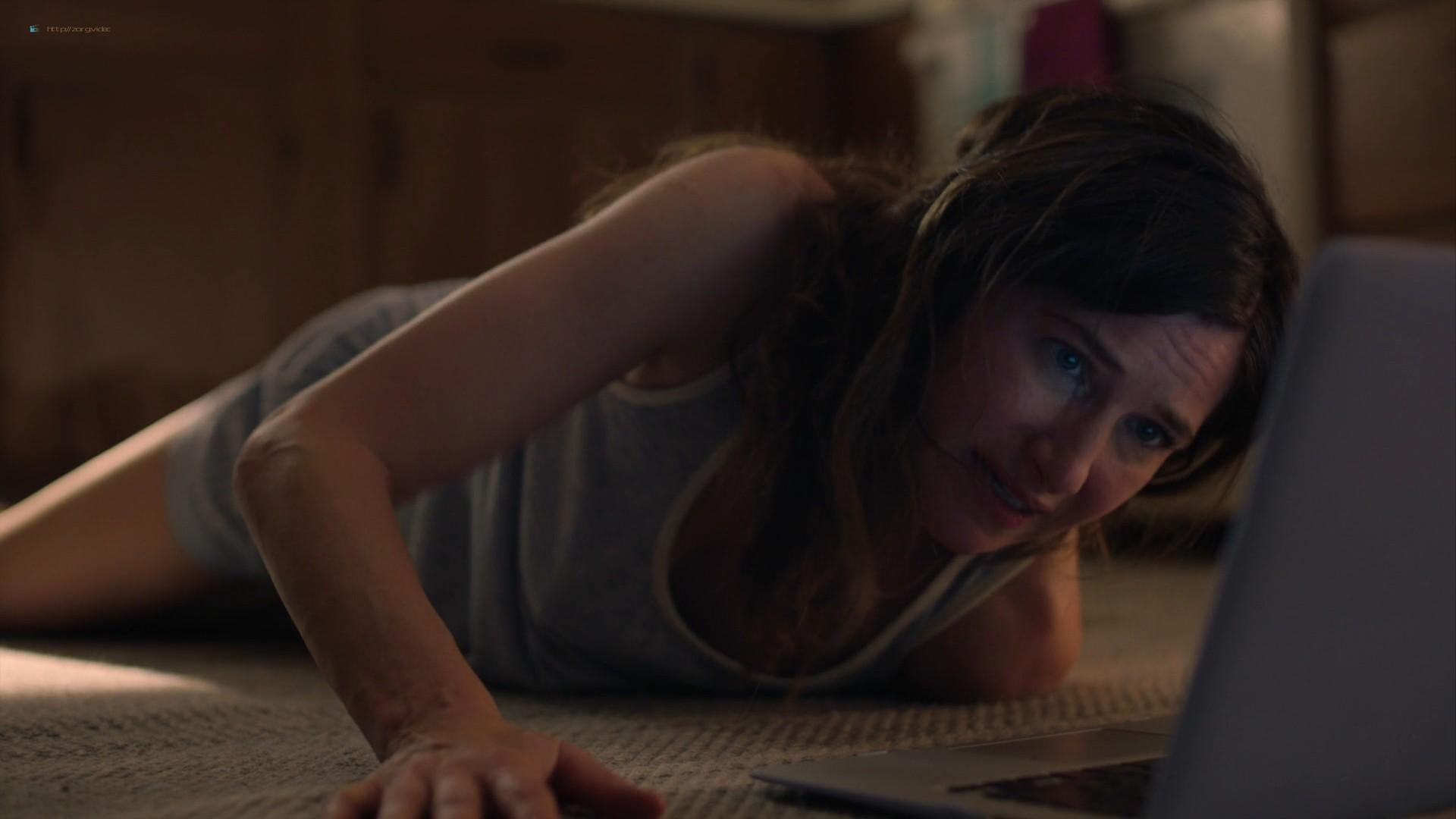 Kathryn Hahn sexy masturbating on the flor - Mrs. Fletcher (2019) s1e3 1080p WEB (3)