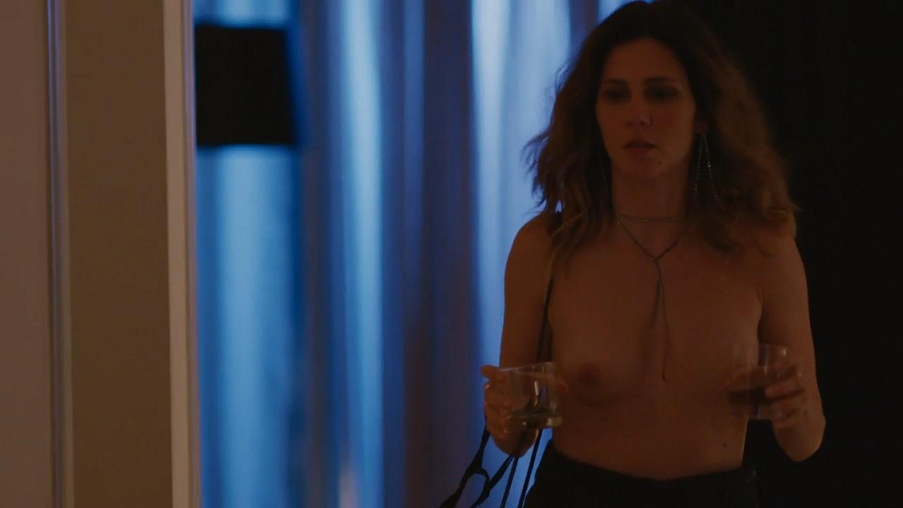 Ana Carolina Godoy nude topless Camila dos Anjos and others nude - A Vida Secreta Dos Casais (2019) s2e7-8 HD 720p (5)