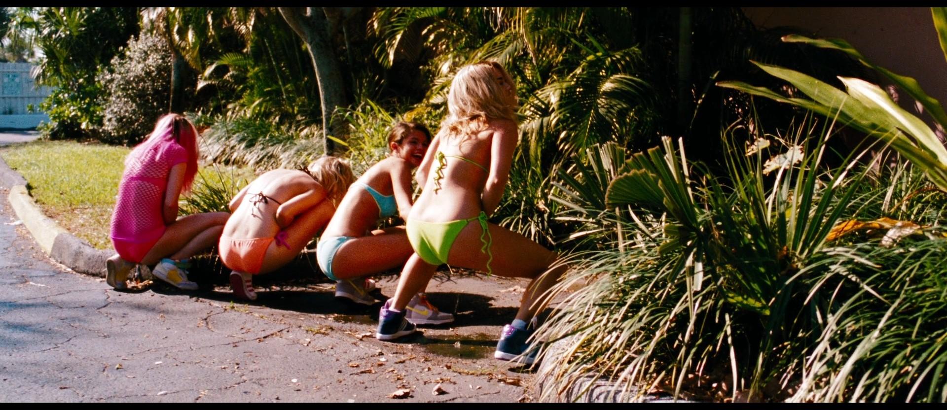 Ashley Tisdale Hottest Pics