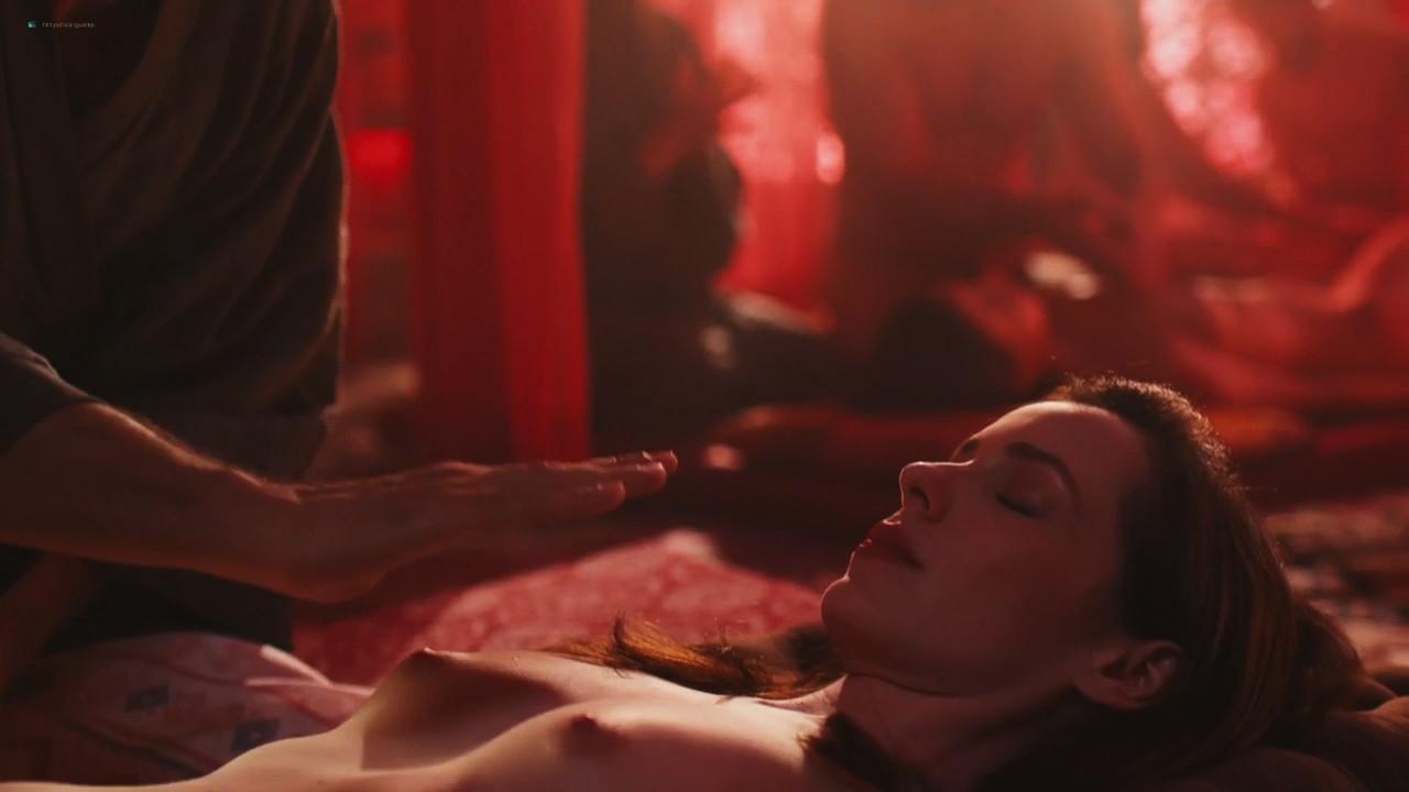 Camila dos Anjos nude topless Miá Mello and other sexy - A Vida Secreta dos Casais (2017) HD s2e5 720p (12)
