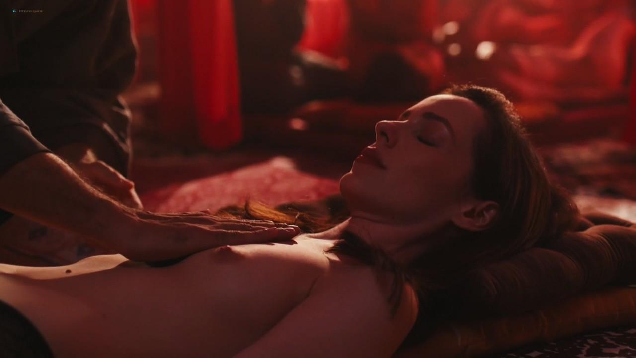 Camila dos Anjos nude topless Miá Mello and other sexy - A Vida Secreta dos Casais (2017) HD s2e5 720p (11)